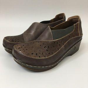 L'Artiste Spring Step Leather Slip-On Clog Brankla